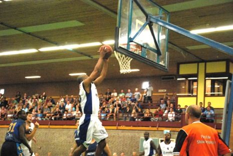 Top basketball in Emmeloord